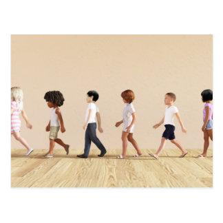 Entwicklung des Kindes mit dem Kinderlernen und Postkarte