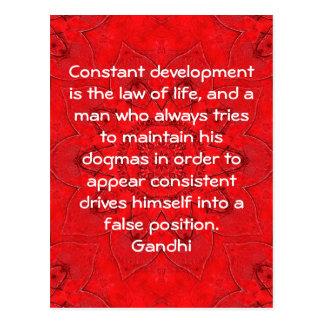 Entwicklung ist das Gesetz des Leben Gandhi Postkarte