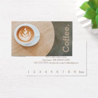 Entwurfs-Kaffee auf runde Tabellen-einfachem Visitenkarte