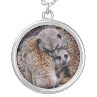 Entzückendes Meerkats Bündel des Pelz-Natur-Fotos Halskette Mit Rundem Anhänger