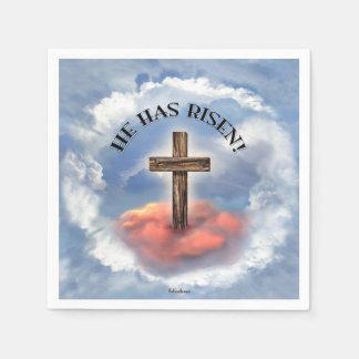 Er hat gestiegenes schroffes Kreuz mit Wolken Servietten