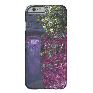 Erdbeerfeld-Tore, Liverpool, Großbritannien Barely There iPhone 6 Hülle