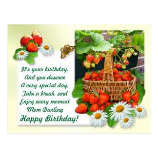 Erdbeerkorb ~ Geburtstags-Postkarte # 2 Postkarte