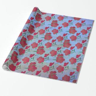 Erdbeerrote Pfingstrosen auf blauer Seide v2 Geschenkpapier