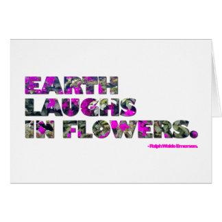 Erde lacht in den Blumen. Ralph Waldo Mitteilungskarte