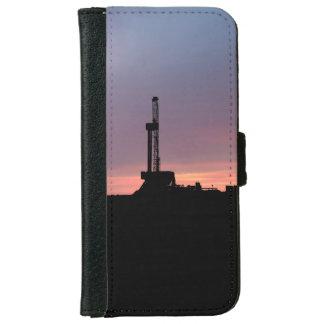 Erdölbohrungs-Anlage, lila Himmel-Sonnenaufgang iPhone 6/6s Geldbeutel Hülle