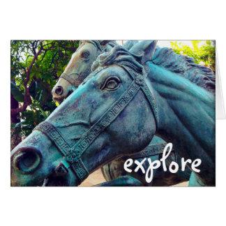 """""""Erforschen Sie"""" blauen MetallpferdeFotofreien Karte"""