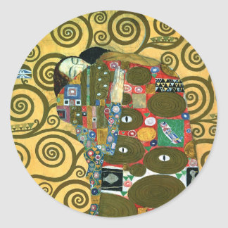 Erfüllung alias die Umarmung durch Gustav Klimt Runder Aufkleber
