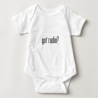 erhaltener Radio? Baby Strampler