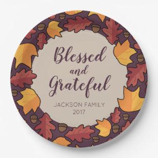 Erntedank-Herbstlaub segnete dankbares Pappteller