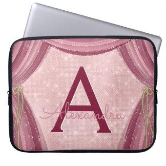 Erröten Rosa-und Burgunder-Vorhang-Monogramm-Name Laptop Sleeve