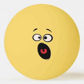 Erschrockener lustiger Ping-Pong ball