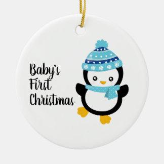 Erster Pinguin des Babys Weihnachts Rundes Keramik Ornament