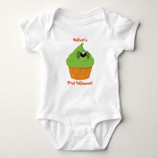 Erstes das Halloween-Shirt des Babys, kleiner Baby Strampler