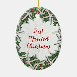 Erstes verheiratetes Strand-Weihnachtsdoppeltes Keramik Ornament