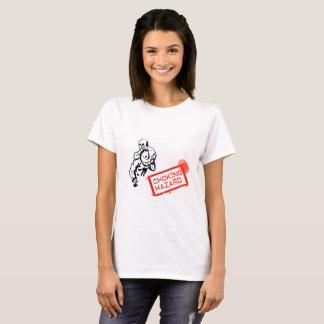 Erstickende Gefahr (das Shirt der Frauen)