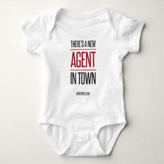 Es gibt einen neuen Agenten in der Stadt Baby Strampler
