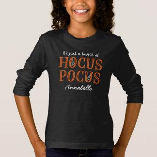 Es ist gerade ein Bündel personalisierter T-Shirt