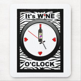 Es ist Wein-Uhr Mauspads
