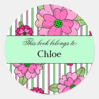 Étiquette rose de livre de petit bouquet adhésifs ronds