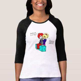 Étreignez une chemise d'Emo (les femmes) T-shirts