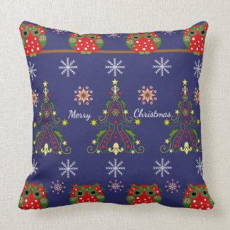 Eulen, Schneeflocken u. Bäume + kundenspezifischer Kissen