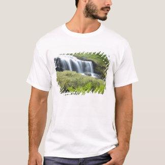 Europa, Norwegen. Wasserfall T-Shirt