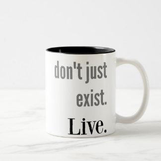 Existieren V. Live Mug Zweifarbige Tasse
