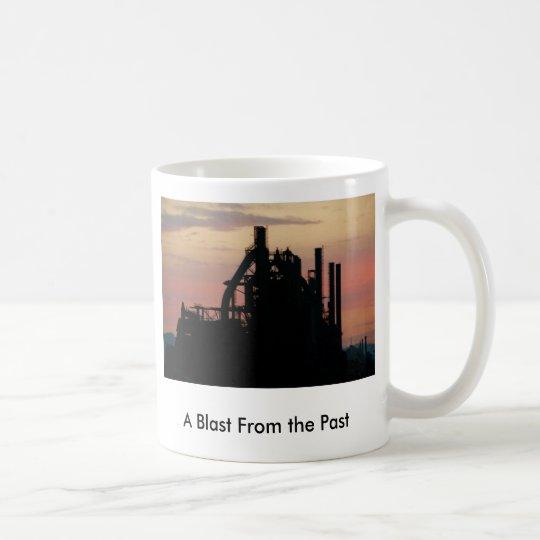 Explosion von der Vergangenheit Tasse