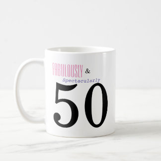Fabelhaft und Tasse des Kaffee-fünfzig