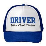Fahranteil Uber cooler Fahrer, der Hut fährt Kultcaps