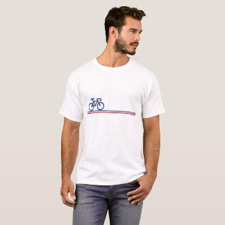 Fahrrad mit Französisch-Flagge inspiriertem Linien T-Shirt