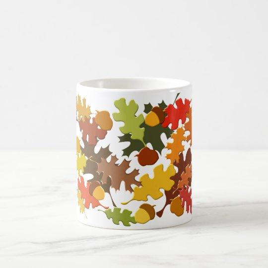 Fall-Herbst-Jahreszeit verlässt Eiche zu entwerfen Tasse