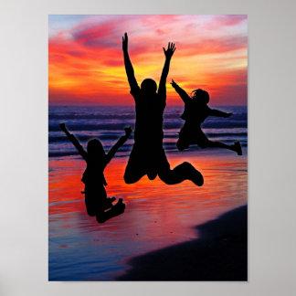 Familien-Spaß, der Vatertags-Strand-Sprung Plakat