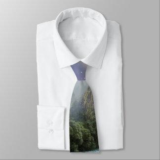 Fantasie-landschaftliche Regenwald-Landschaft Personalisierte Krawatte