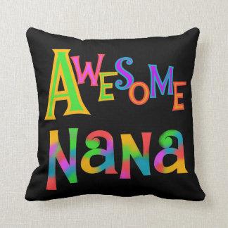 Fantastische Nana-T - Shirts und -geschenke Kissen