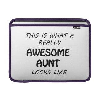 Fantastische Tante MacBook Sleeve