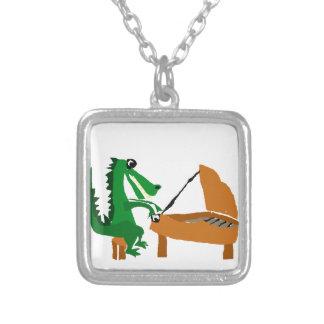 Fantastischer Alligator, der Klavier spielt Versilberte Kette