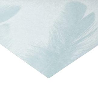 Farbige Federn Seidenpapier