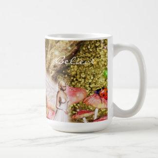 Fee und der Marienkäfer Kaffeetasse