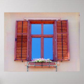 Fenster mit hölzernen Fensterläden Poster