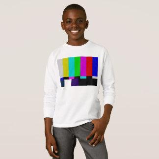 Fernsehen hält Farbtest ab T-Shirt