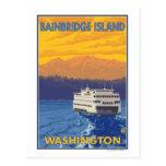 Ferry et montagnes - île de Bainbridge, WA Carte Postale