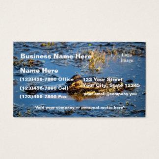 (Fertigen Sie) besonders an, lauernder Alligator Visitenkarte