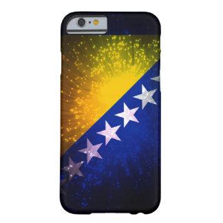 Feu d'artifice ; Drapeau de la Bosnie Coque iPhone 6 Barely There