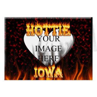 Feuer Iowas Hottie und rotes Marmorherz Karte