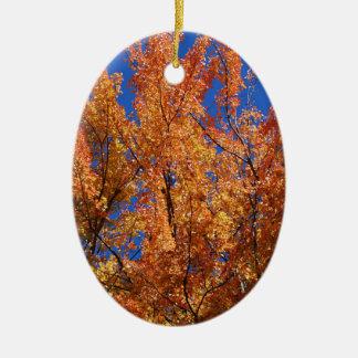 Feuer-Orangenbaum Ovales Keramik Ornament