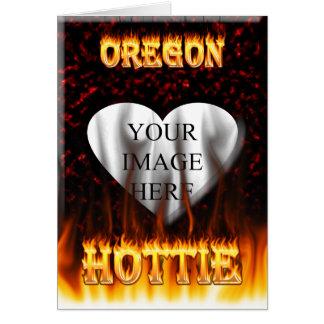 Feuer Oregons Hottie und rotes Marmorherz Karte