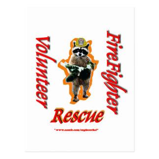 Feuerwehrmann-freiwillige Waschbär-Rettung Postkarte