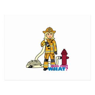 Feuerwehrmann-Mädchen - Blondine Postkarte